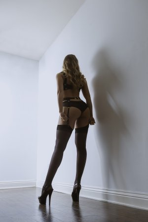 Elayna outcall escorts